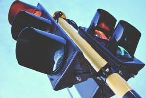תאונת דרכים עקב אי ציות לאור אדום